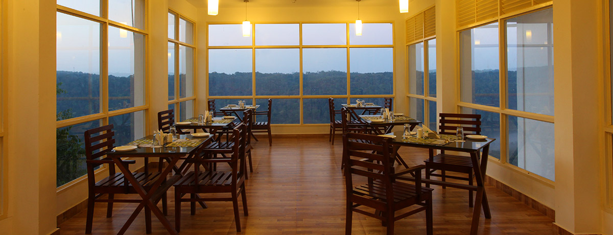 the best Multi cuisine restaurant in Munnar
